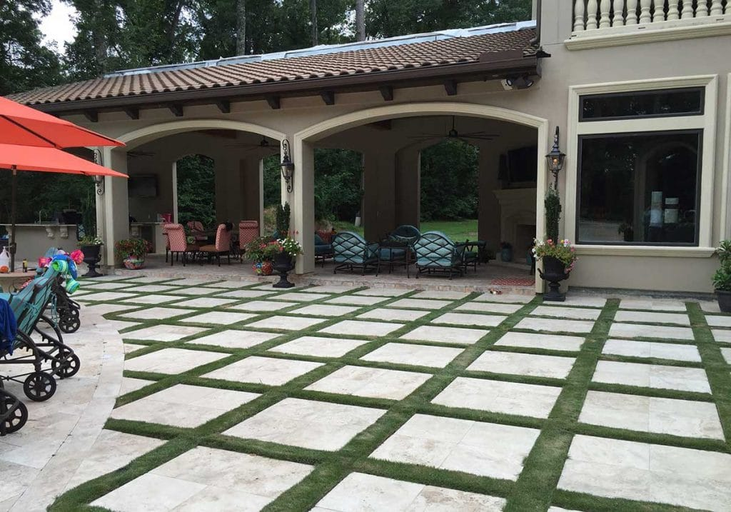 landscaping and Lawn care service near The Woodlands, TX